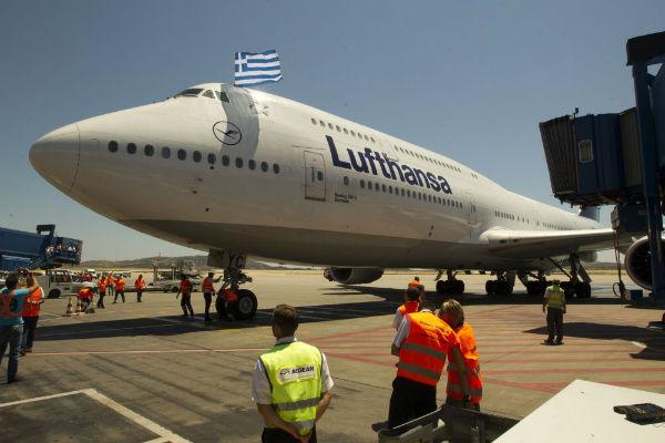 grecia-lufthansa-continua-a-demitir-enquanto-seu-1