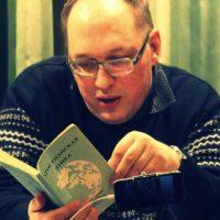 Piotr Riabov é deportado pelas autoridades da Bielorrússia e proibido de entrar no país por 10 anos