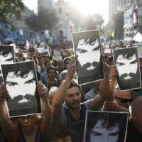 [Argentina] Protesto para exigir verdade e justiça por Santiago Maldonado reúne milhares em Buenos Aires