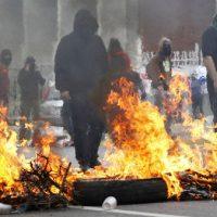 [Chile] Fogo e barricadas em uma cidade chilena para pedir boicote às eleições