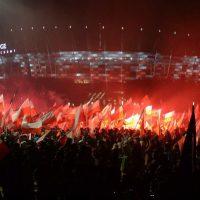 [Polônia] Marcha fascista reúne milhares de pessoas em Varsóvia