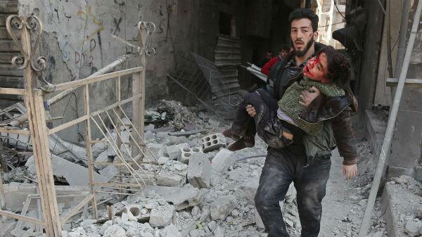 apos-uma-semana-de-bombardeios-mais-de-500-civis-1