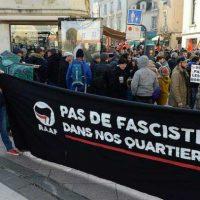 [França] Angers: 400 manifestantes contra o bar identitário