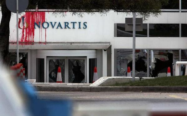 grecia-video-ataque-contra-sede-da-novartis-em-a-1