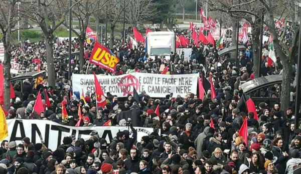italia-em-macerata-multidao-protesta-contra-fasc-1