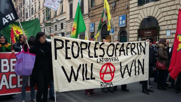 italia-marcha-nacional-defendafrin-1