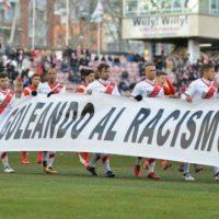 [Espanha] Rayo Vallecano é multado por levar a campo faixa contra o racismo