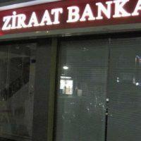 [Grécia] Anarquistas atacam agência de banco turco em Comotini