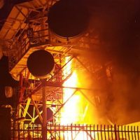 [Itália] Gênova: Repetidora de sinal de celular em chamas