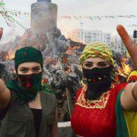 """Mensagem do Movimento das Mulheres do Curdistão: """"Vamos transformar o século XXI na era da liberdade das mulheres!"""""""