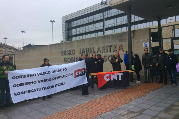 pais-basco-exigem-ao-governo-basco-a-devolucao-d-1