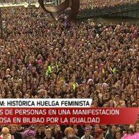 """[País Basco] Vídeo: """"A la huelga"""": espetacular e emocionante cântico das mulheres em Bilbao"""