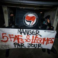 [França] Vídeo: Manifestação contra a repressão dos estudantes da Faculdade de Direito de Montpellier