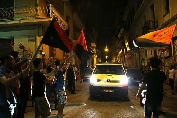 grecia-caravana-anarquista-solidaria-nos-passare-1