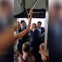 [Itália] Vídeo: Sindicalistas em ônibus cantam 'Bella Ciao' contra vice-premier neofascista