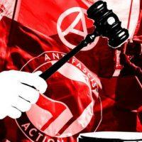 [EUA] Lei Anti-Antifa do Partido Republicano poderia enviar manifestantes mascarados para a prisão por 15 anos