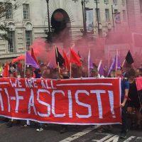 """[Reino Unido] """"Londres é antifascista e nós vamos derrotar essa corja de fascistas!"""""""