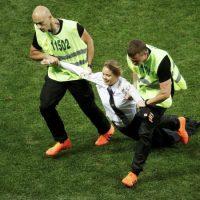 [Rússia] Ativistas das Pussy Riot são condenadas à prisão por invasão na final da Copa