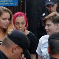 [Rússia] Ativistas do Pussy Riot são novamente detidos após cumprirem pena de 15 dias