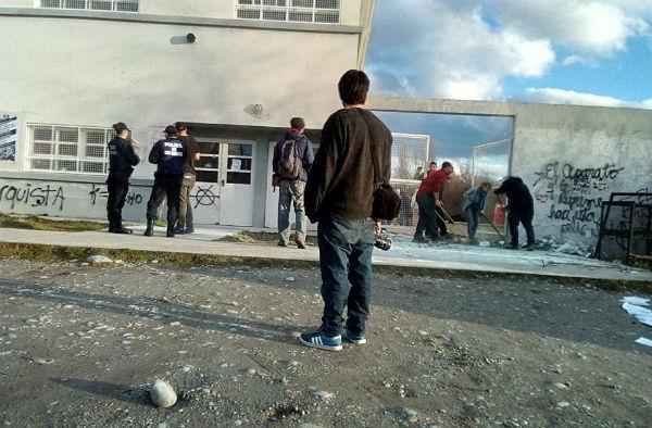 argentina-protesto-durante-pre-estreia-do-filme-1