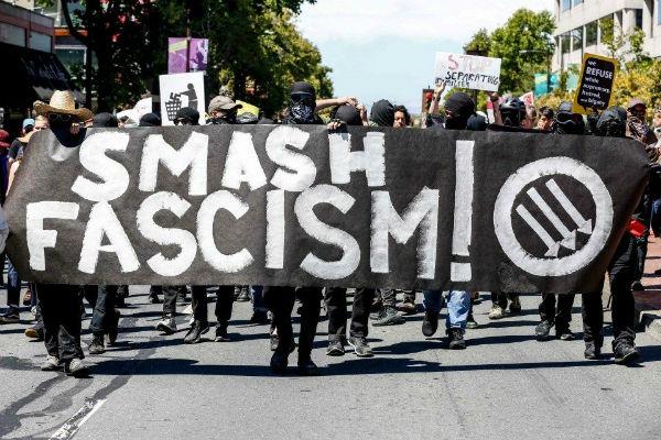 eua-milhares-de-pessoas-protestam-contra-ato-neo-1