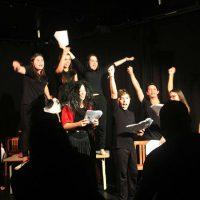 Editora joinvilense estréia trabalho com republicação da peça teatral A Greve dos Inquilinos
