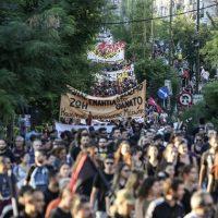 Grécia recorda o antifascista Pavlos Fyssas cinco anos depois do seu assassinato