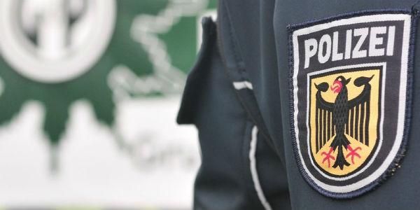 policiais-alemaes-sao-investigados-por-saudacao-1