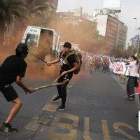 [Chile] Em Santiago, antifascistas enfrentam neonazistas durante marcha evangélica