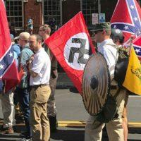 [EUA] Quatro supremacistas brancos são presos sob acusação de incitar à violência