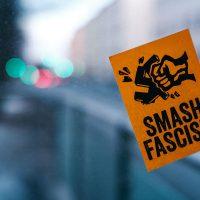 [EUA] Fascistas falham em tentativa de perturbar a Feira do Livro Anarquista de Boston
