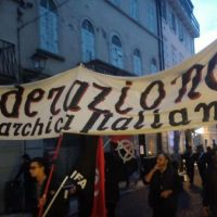 italia-manifestacao-antimilitarista-internaciona-6.jpg