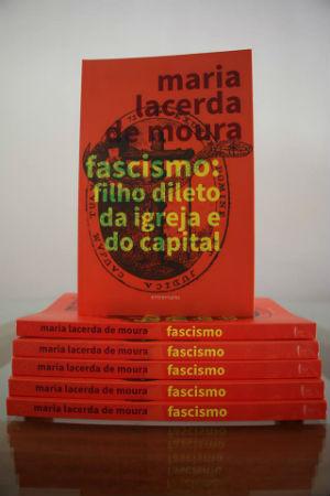 lancamento-fascismo-filho-dileto-da-igreja-e-do-1