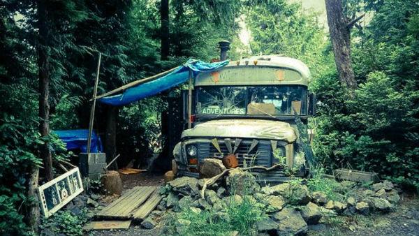 canada-a-comunidade-anarquista-em-uma-floresta-t-1
