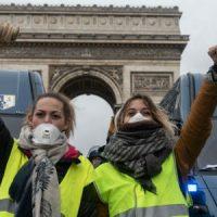[França]  A legítima raiva das mulheres de amarelo