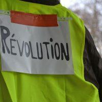 [França] Apelo à solidariedade internacional