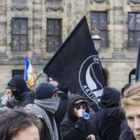 [Holanda] Manifestação antirracista em Amsterdam reúne cerca de 10 mil pessoas