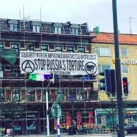 [Suécia] Faixa em solidariedade com os anarquistas e antifascistas torturados na Rússia!