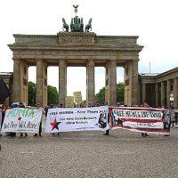 [Alemanha] Manifestação pela liberdade de Mumia Abu-Jamal reúne dezenas de pessoas em Berlim