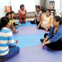 [Bolívia] Mujeres Creando oferece aulas de autodefesa