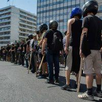 [Grécia] Não toquem na manifestação!