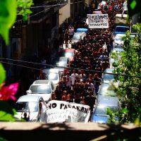 """[Grécia] Milhares de manifestantes vão às ruas por Exarchia aos gritos de """"No Pasarán!"""""""