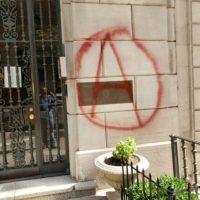 [EUA] Nova York: Ação em solidariedade com anarquistas e refugiados em Exarchia