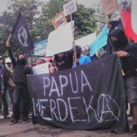 Polícia da região de Papua na Indonésia bane manifestações anarquistas depois dos protestos