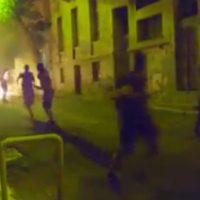 [Grécia] Vídeo: Em Exarchia, anarquistas atacam policiais com coquetéis molotov