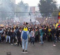 """""""Obrigado irmãos indígenas e povo do Equador por resistir"""""""
