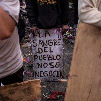 [Equador] As ruas se limpam, mas as vidas não voltam. Nem perdão nem esquecimento.