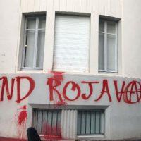[França] Consulado Geral da Turquia em Lyon é pichado em protesto e solidariedade com Rojava