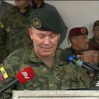 As Forças Armadas do Equador caçam células anarquistas