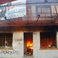 [Chile] Escritório de senadora de extrema-direita é atacado em Concepción